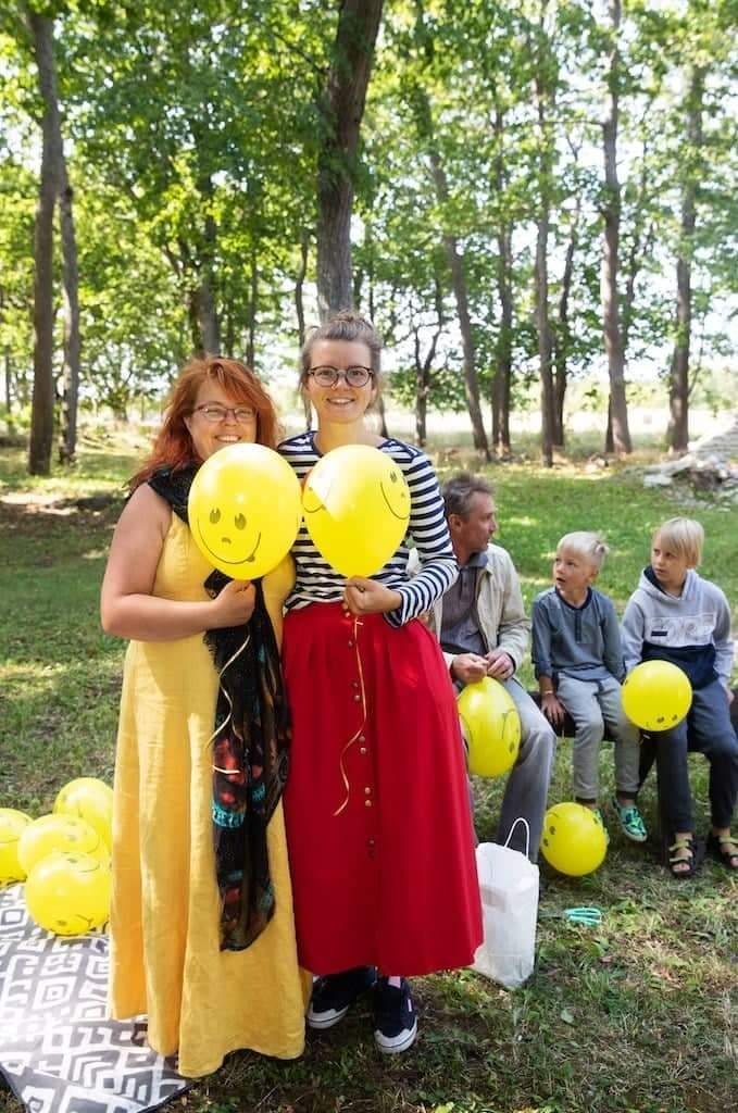Vasakult: Svetlana ja Liisa